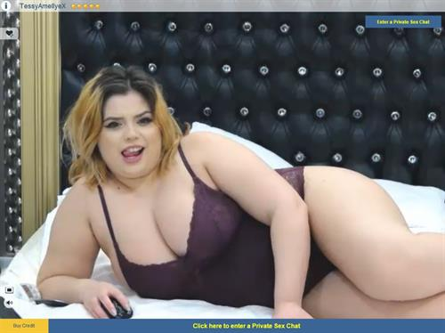 Live sex chat with plus size blonde on Sexier.com
