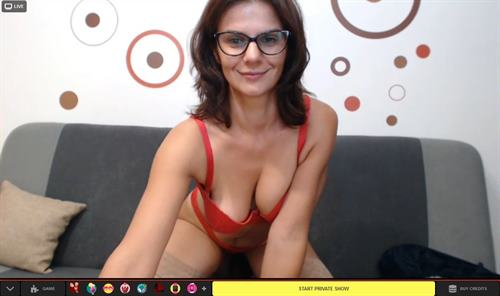 Seductive mature lady seduces in 2way videochat on MaturesCam.com